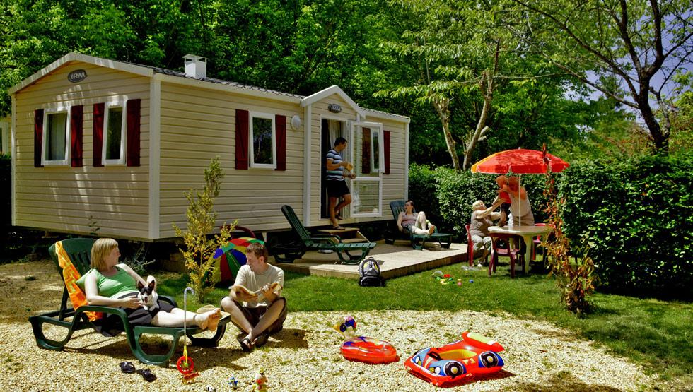camping-lariviere-les-eyzi2