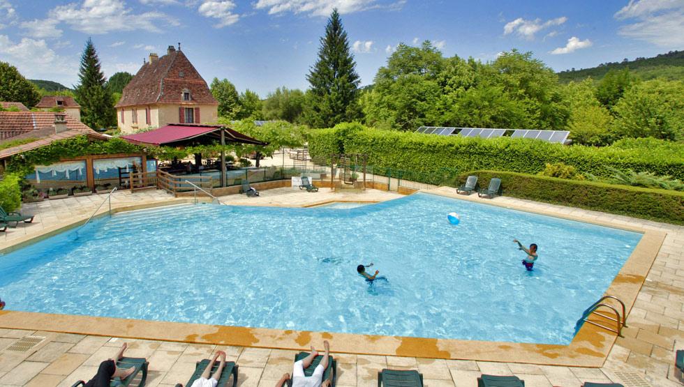 piscine Camping La Rivière Les Eyzies Vallée Vézère Périgord Noir